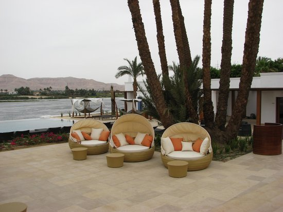 Hilton Luxor Resort & Spa: Comfy seating in spa area