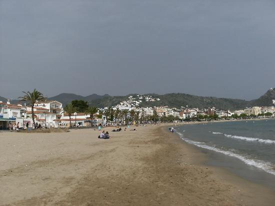 Prestige Hotel Mar Y Sol : View back to hotel from beach