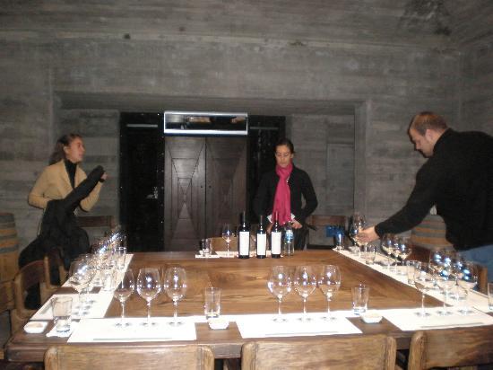 Ampora Wine Tours: Pulenta Tasting Room