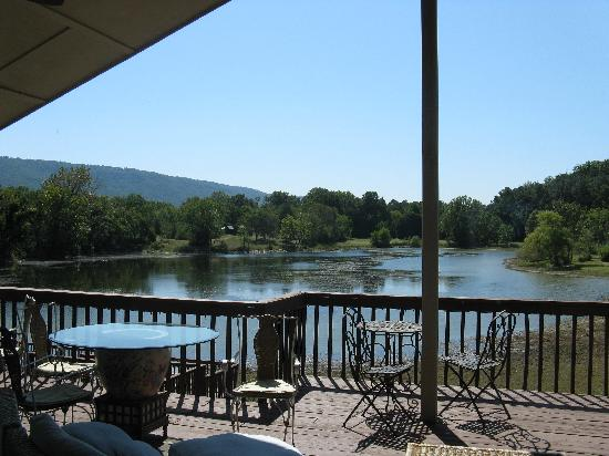 Lookout Lake Bed and Breakfast : View from verandah