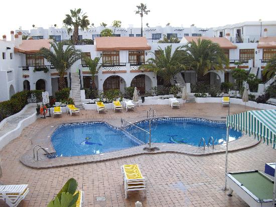 Hotel Nido del Aguila : view from our balcony over pool