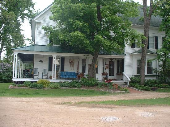 Farm by the River Bed and Breakfast with Stables : THE PERFECT GETAWAY