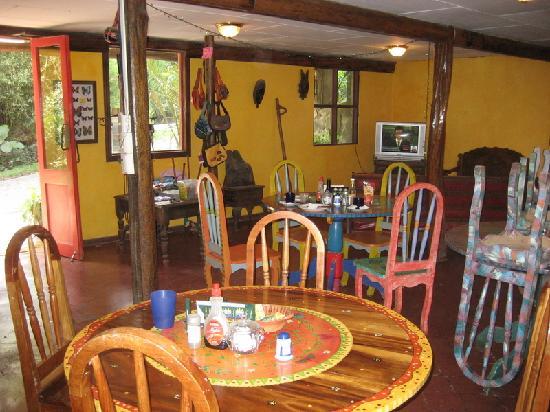 La Colina Lodge: The dining room