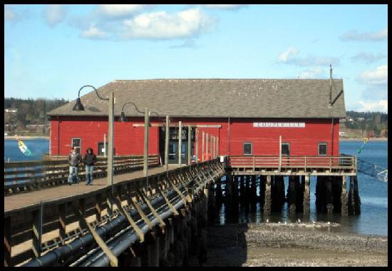 Lovejoy Inn on Whidbey Island: Coupeville Pier