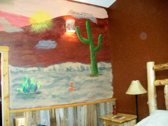 Escalante's Grand Staircase Bed & Breakfast Inn: Wall Mural Right