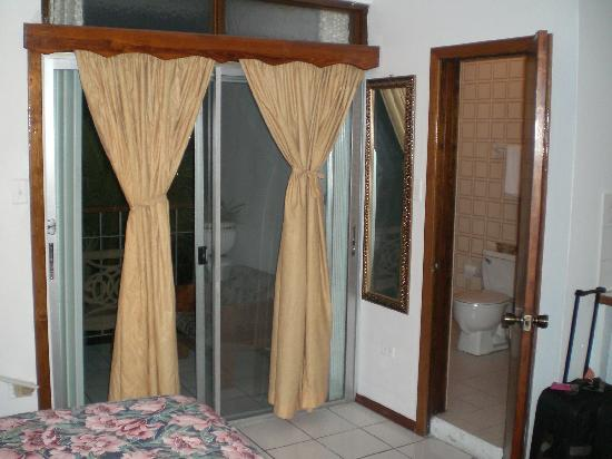 Hotel Castle Maria: Patio doors to balcony with view of Road Bay