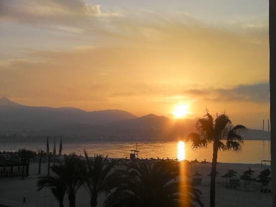 Paraiso de Alcudia: this was sunrise on our balcony