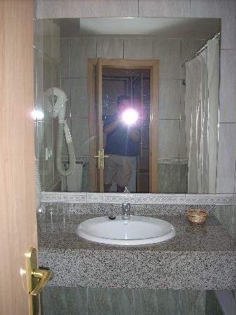 HL Hotel Rondo: bagno