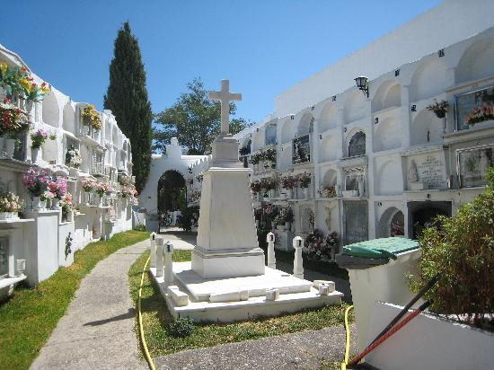 Casares, Espanha: Cementery (I know it sounds gloomy but it so bizarre...)
