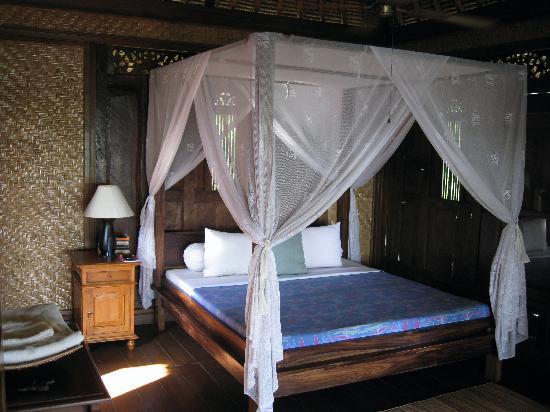 Alam Gili: The bedroom in the mermaid villa