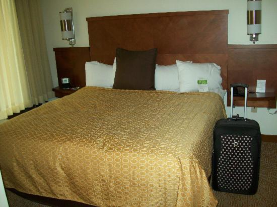 Hyatt Place Richmond/Innsbrook: Bed