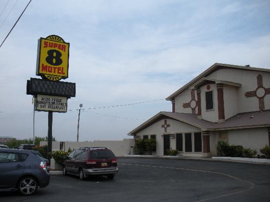 ‪كارلسباد سوبر 8 موتل: Super 8 Motel, Carlsbad, NM‬