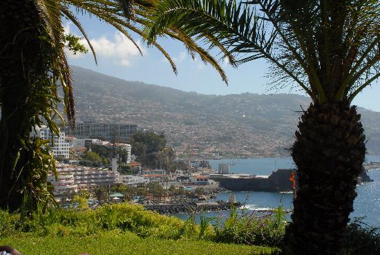 Belmond Reid's Palace: Funchal from Reid's garden