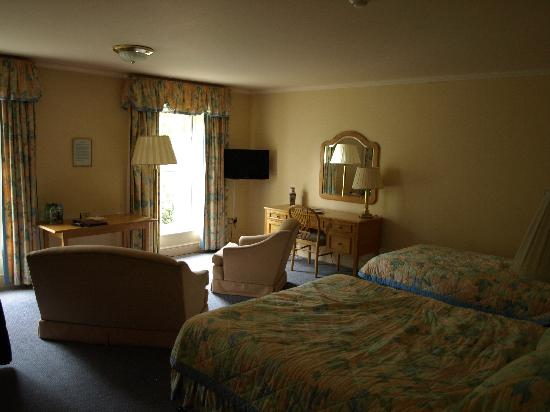 Penmere Manor Hotel: Garden Room