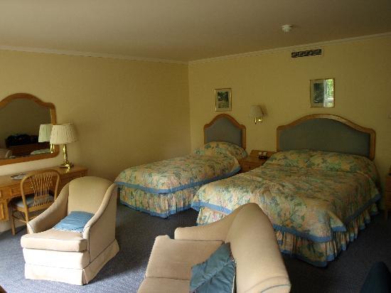 Penmere Manor Hotel: Garden Room 2