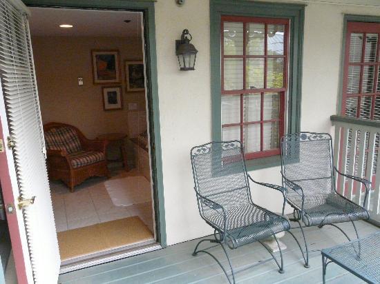 The Lambertville House Hotel: Balcony