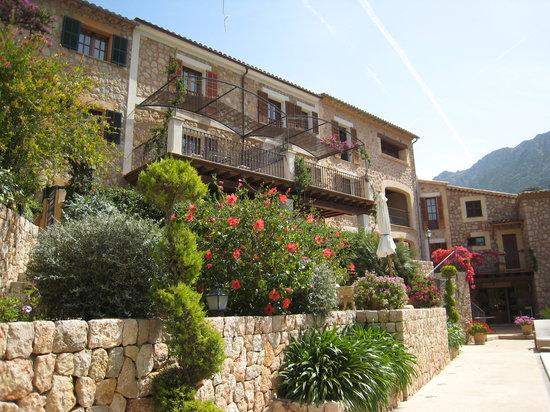 Hotel Apartament Sa Tanqueta: The Hotel