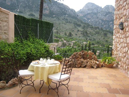Fornalutx, Spain: Breakfast Terrace