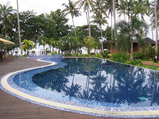 Gajapuri Resort & Spa: Pool