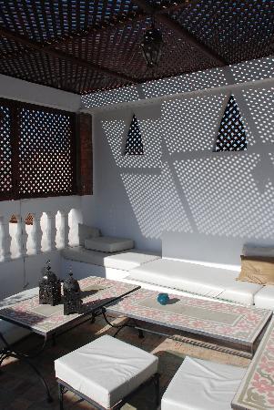 Riad Al Warda: Plunge pool in Courtyard