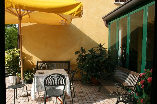 Al Giardino: pour se reposer avec vue sur le jardin