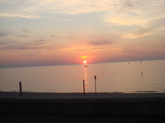 Charlevoix, MI: The Gorgeous Sunset from Michigan Beach