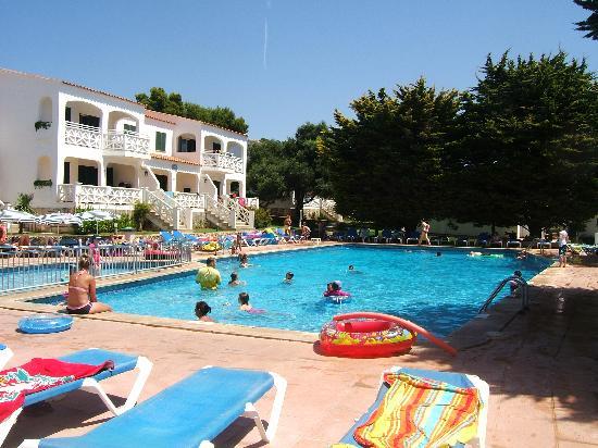 The pool area picture of mestral llebeig apartments santo tomas tripadvisor for Leighton buzzard swimming pool