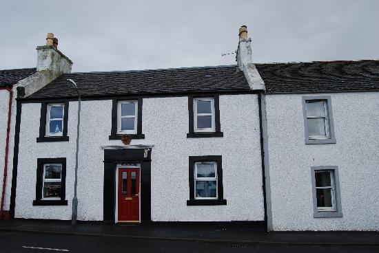Oystercatcher Bed & Breakfast: The building