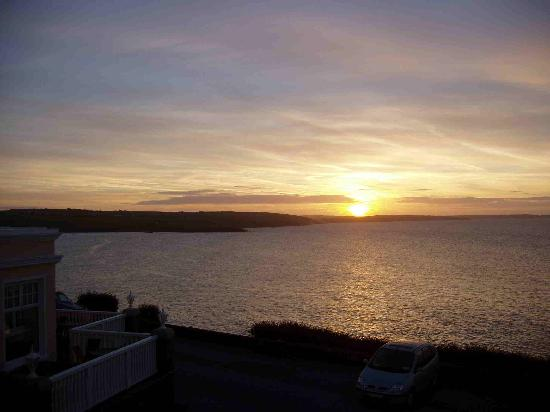 Dunmore House Hotel: Sunrise