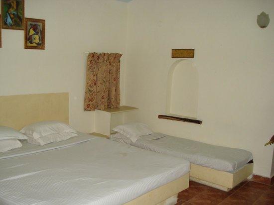 Pragati Resorts: Hyderabad Pragati resort cottage