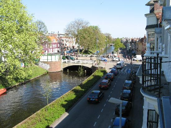 Bot Bed & Breakfast: Canal View From Window of B & B