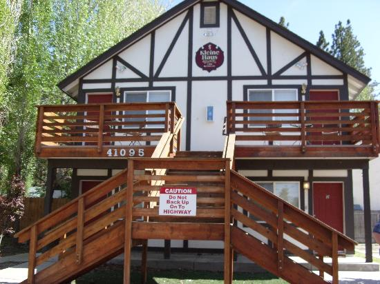 Lindberg Suites: outside of the Lodge