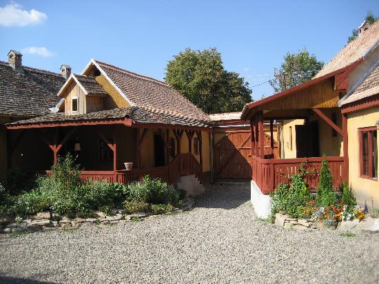Cund, Rumunia: Valea V 1