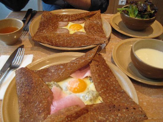 Crepe Paris Cafe