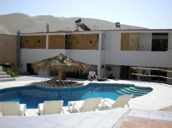 Hotel Villa Jazmin: Une vue de l'intérieur de l'hôtel