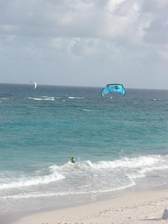 Silver Point Hotel: Kite boarder that definitely knows what he's doing