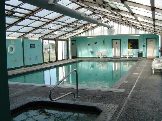 The Surfside Inn: Surfside Inn Indoor Pool