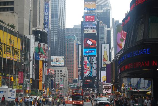 Casablanca Hotel Times Square: Half a minutes walk
