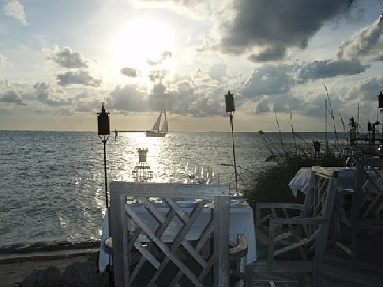 The Dining Room at Little Palm Island: Perfect sunset