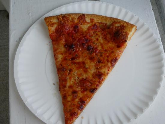 Louie's Pizza : Slice of Louie's cheese pizza TO GO