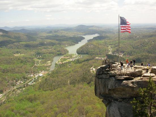 Fox Run Resort: Chimney Rock view of Lake Lure