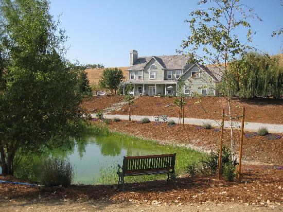 Enchanted April Inn: View of the Inn from the pond