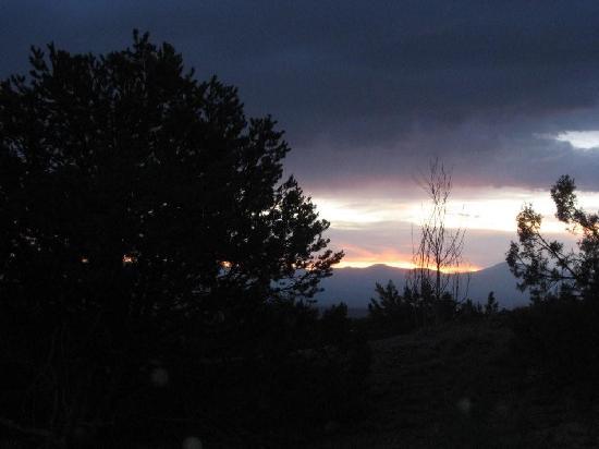 Four Seasons Resort Rancho Encantado Santa Fe: Sunset - view from our porch