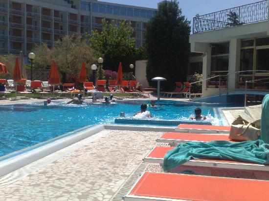 Hotel Eliseo Terme: La piscina parte esterna