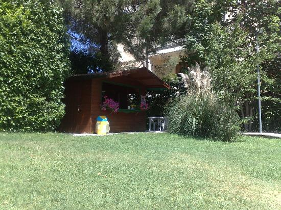 Hotel Eliseo Terme: Piccolo bar nei pressi della piscina