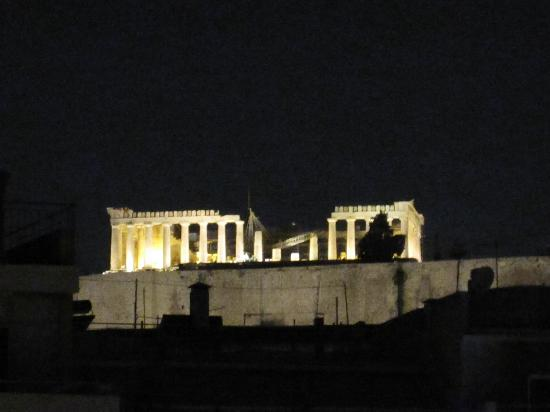Hera Hotel: View of Parthenon from our Balcony