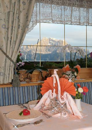 Hotel Cesa Padon: tavolo
