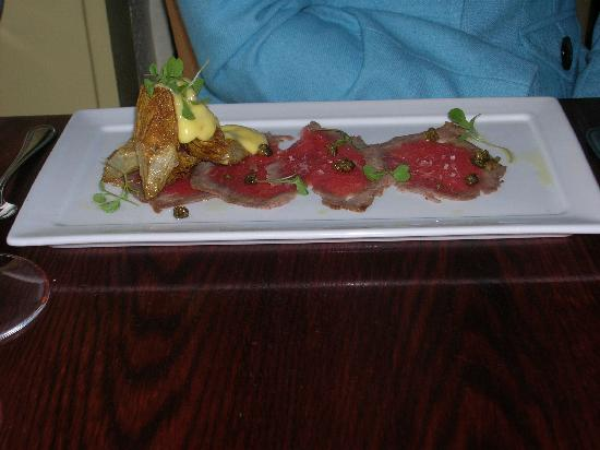 Fruition Restaurant: Beef carpaccio with artichoke appetizer