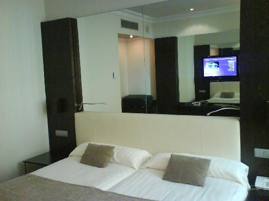 Saray Hotel: habitación