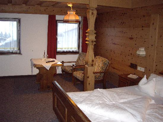 Hotel Solaria: Very comfortable room